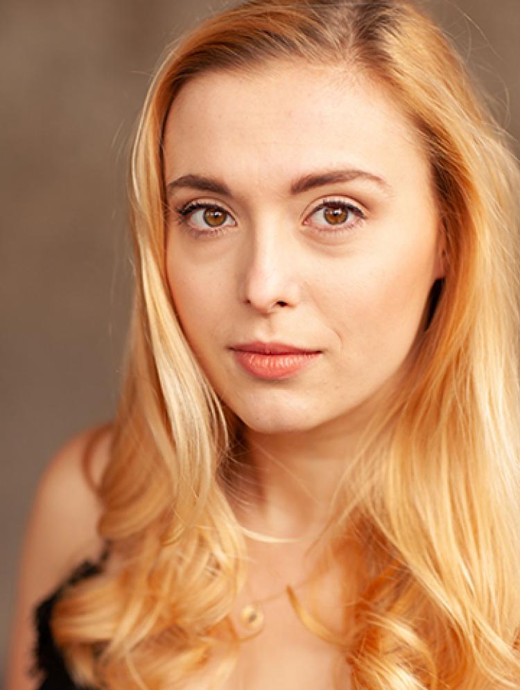 Photo of Laura Pfister