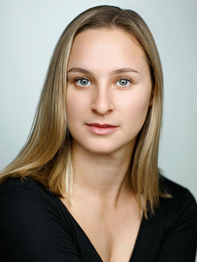 Photo of Ellie Shove