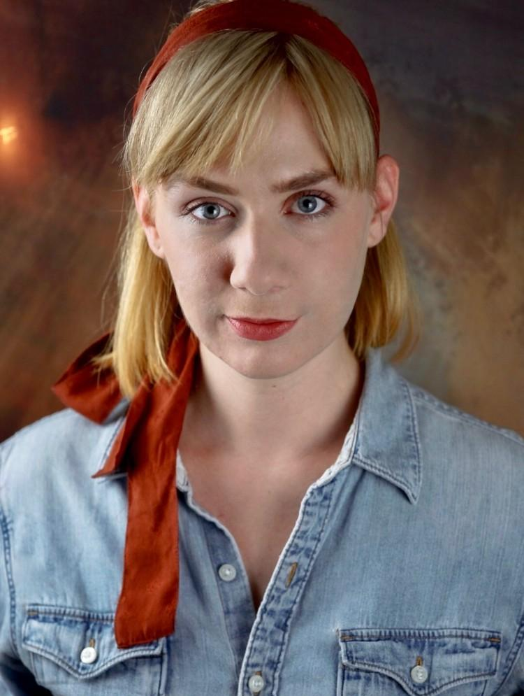Photo of Julia Thurston