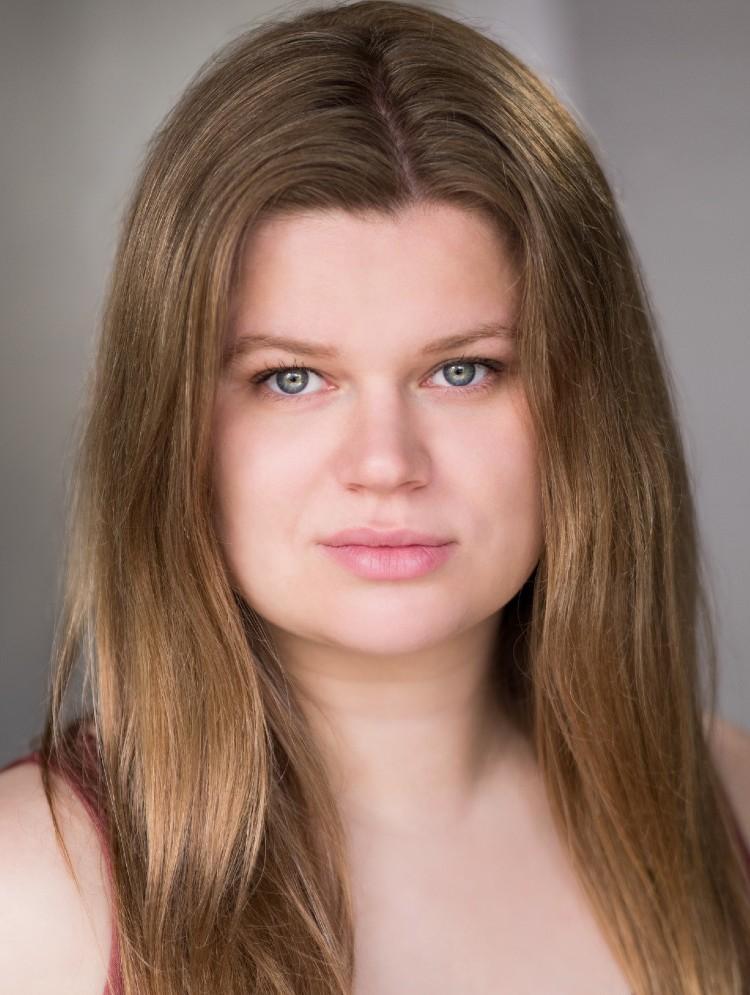 Photo of Melissa Deacon