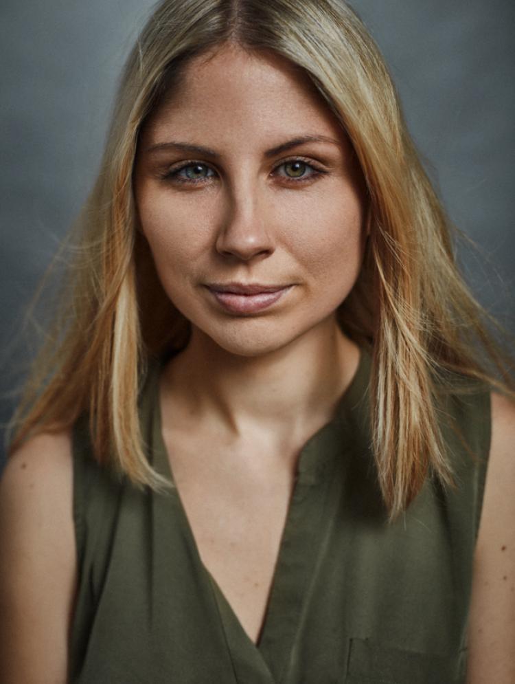 Photo of Alexandra Brett