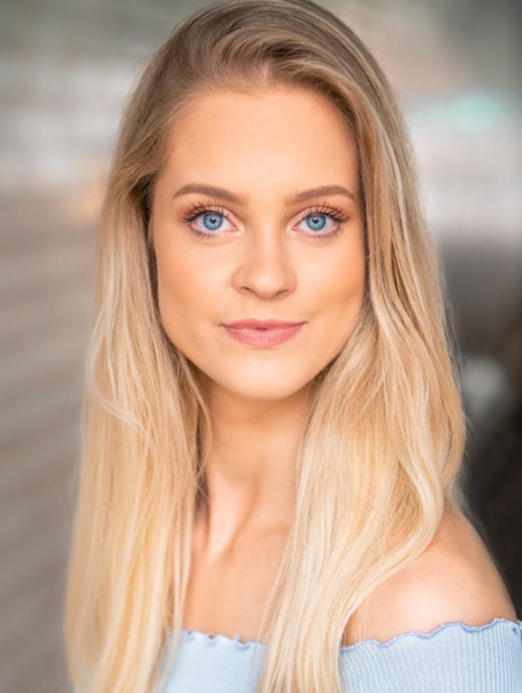Photo of Emily Rose Redlaff