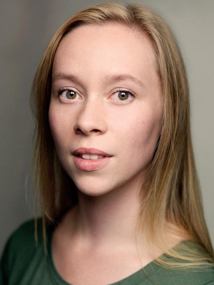 Photo of Hannah Baxter-Eve