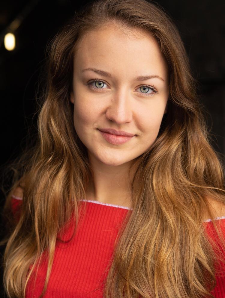 Photo of Lucy Ireland