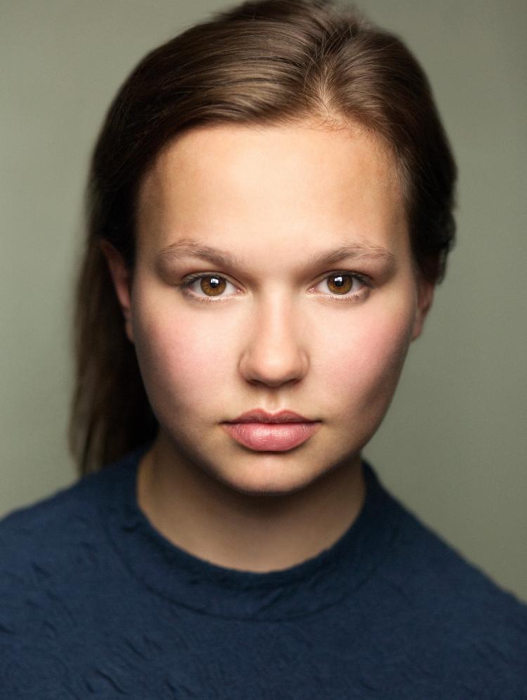 Photo of Phoebe Hyder